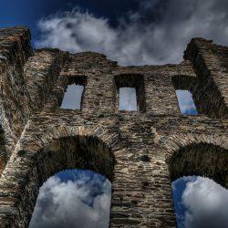 Significado del Arcano La Torre en la Casa de la Personalidad