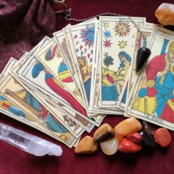 Conoce al maravilloso Tarot Gitano