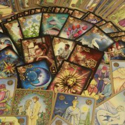 Tirada de Tarot para conocer el futuro anual